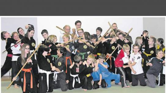 Zeitungs Bericht: Vor allem Kinder begeistern sich für das Training von Körper und Geist